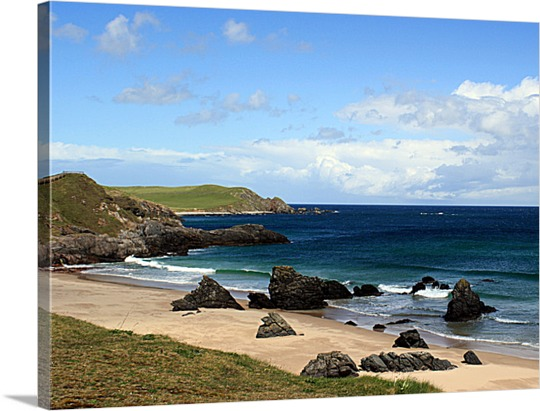Rocky Beach Picture on Canvas