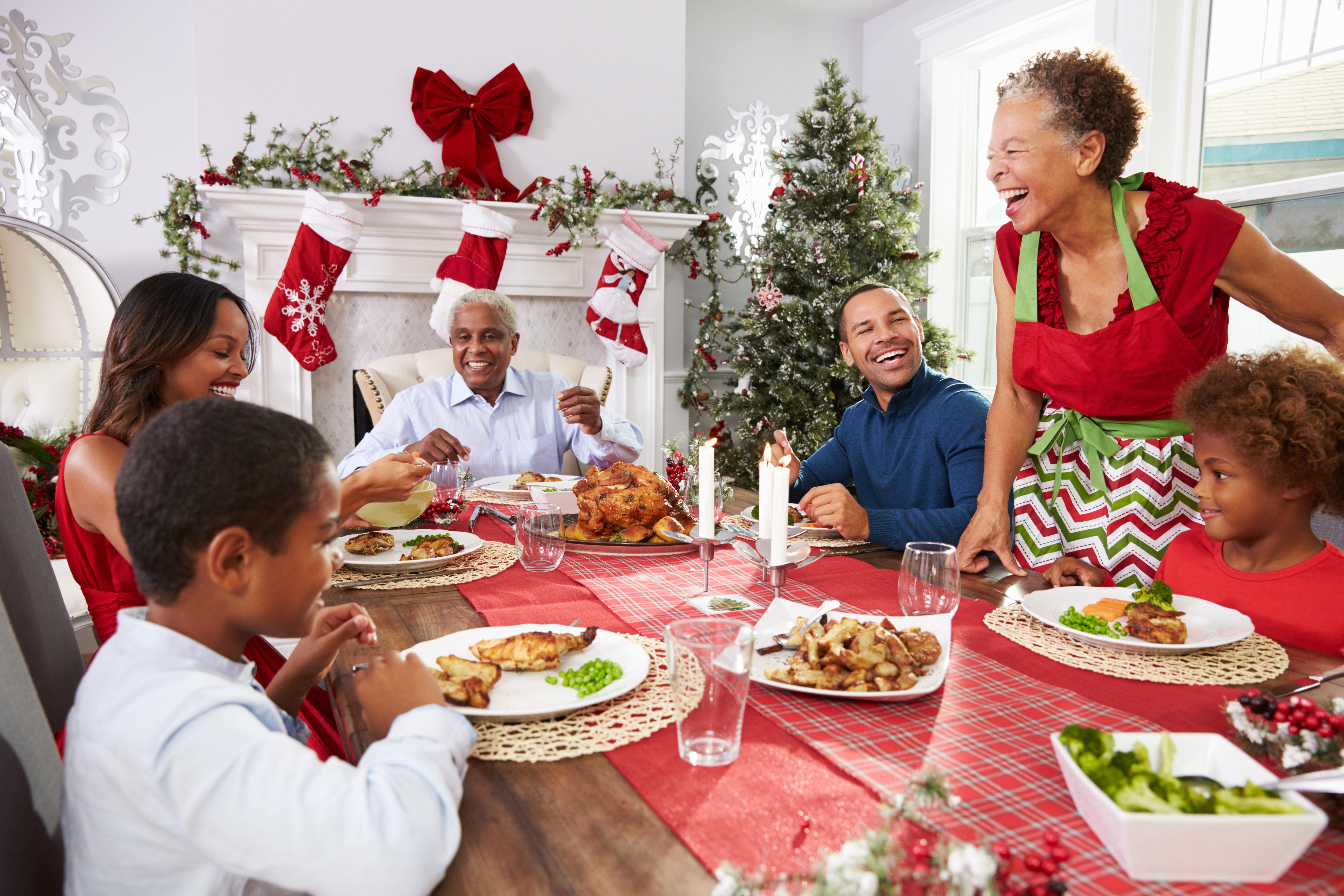 2793_1481228270543-Christmas-Family.jpg