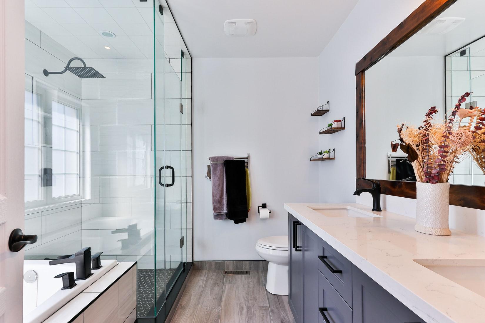 Linoleum floor for bathroom