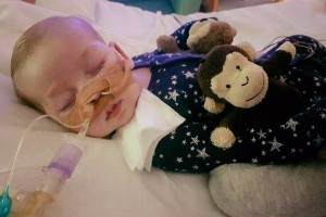 Charlie Gard Case Returns to Court as 2 US Lawmakers Aim to Make Baby Permanent US Resident