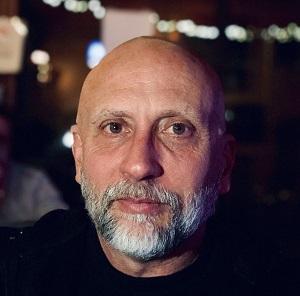 white man with beard, Paul Thomas