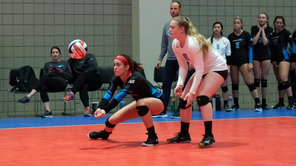 VA Elite's Sydney Scott digging.