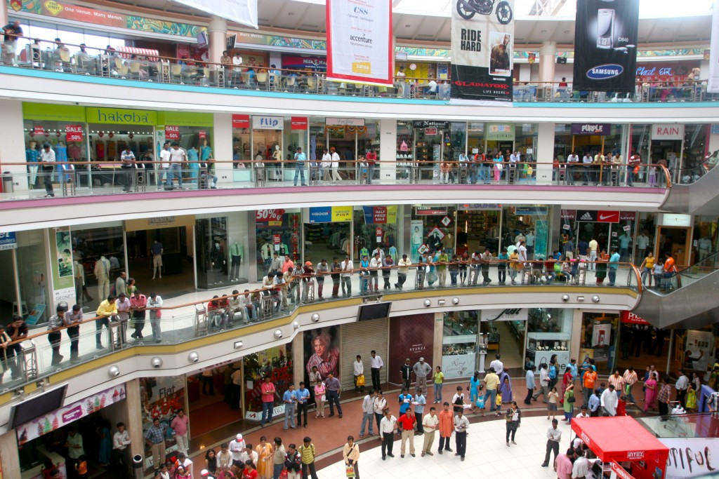 Shopping Mall in Mumbai, 2013