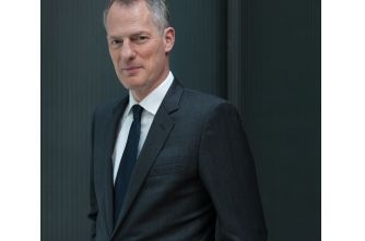 PHILIPPE SCHAUS TO LEAVE DFS TO BECOME CEO OF MOËT HENNESSY