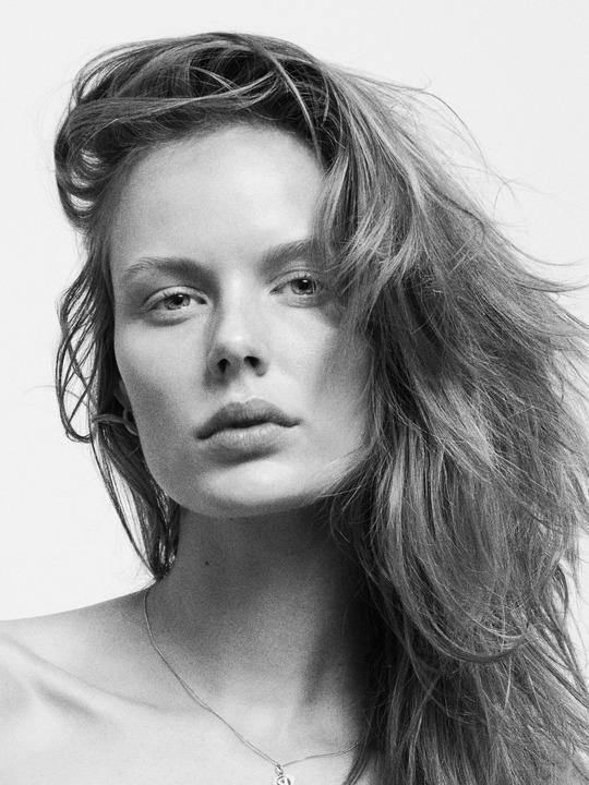 Marlijn Hoek Nude Photos 67