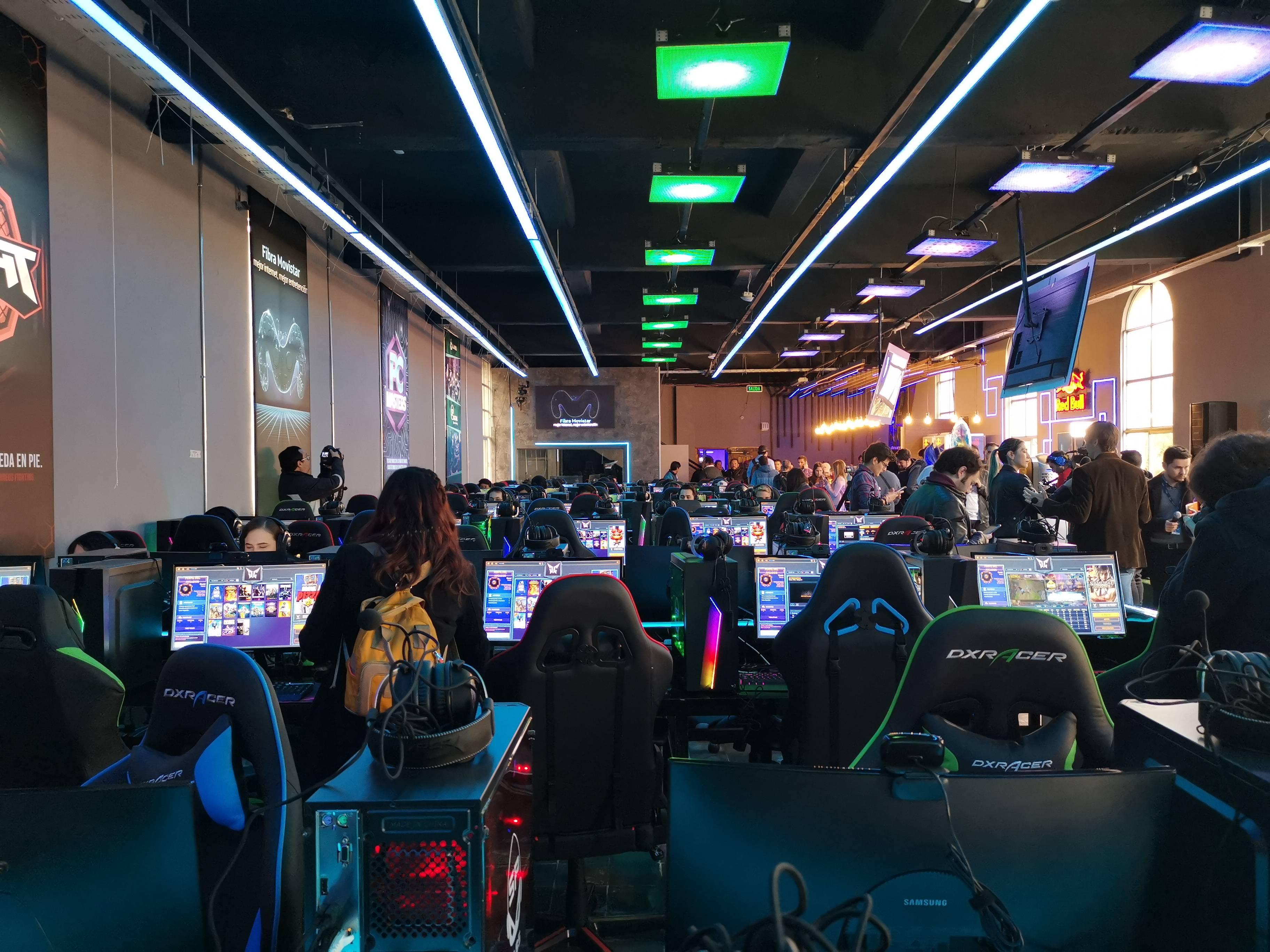 Inauguran en Chile el primer espacio para el mundo gamer llamado Movistar GameClub