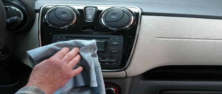 Aprende Como Limpiar El Interior De Tu Auto