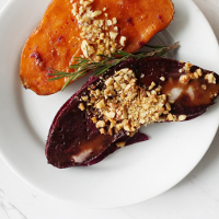 cranberry-apricot-sauce-with-crystallized-ginger_200x200