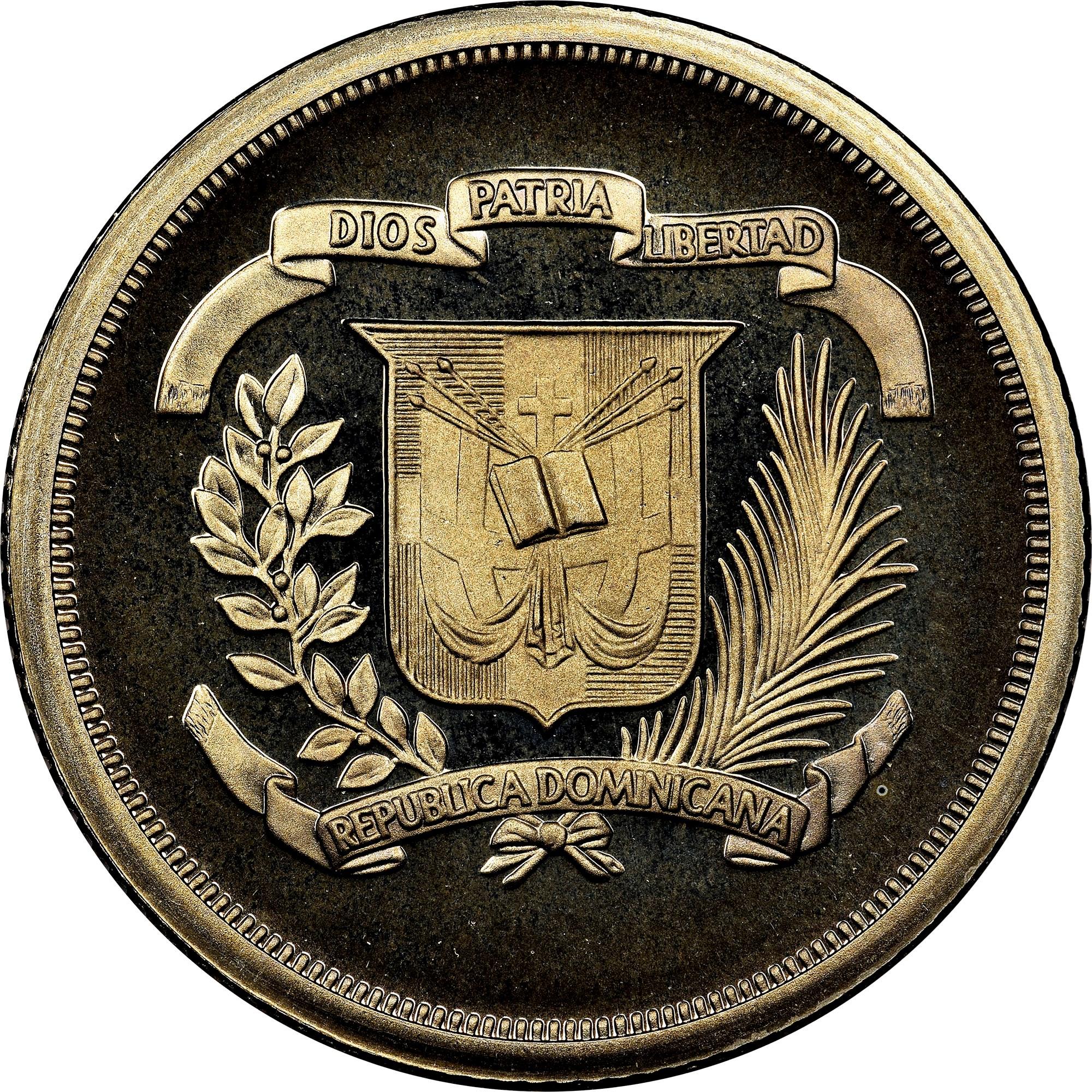 Dominican Republic 25 Centavos obverse