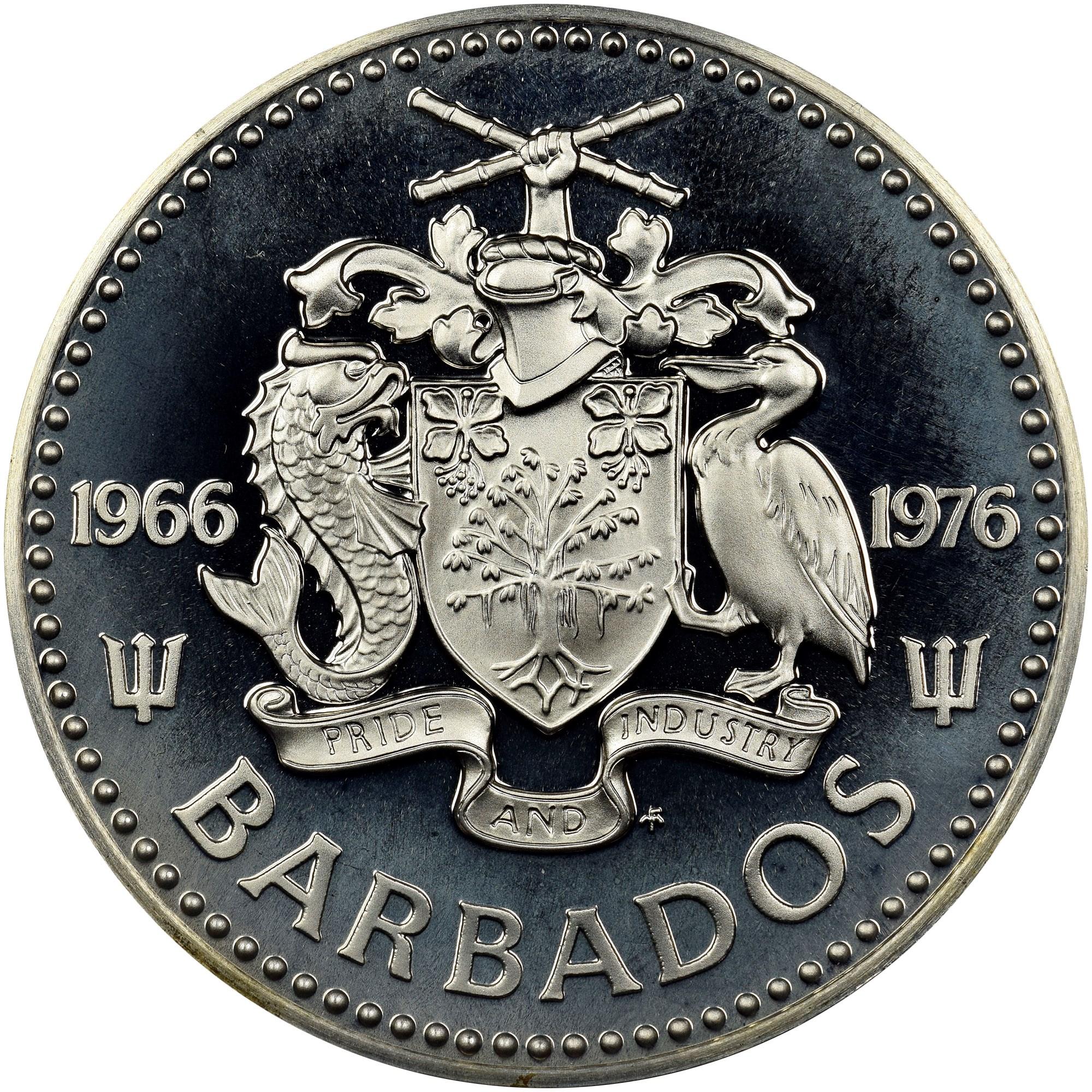 Barbados 5 Dollars obverse