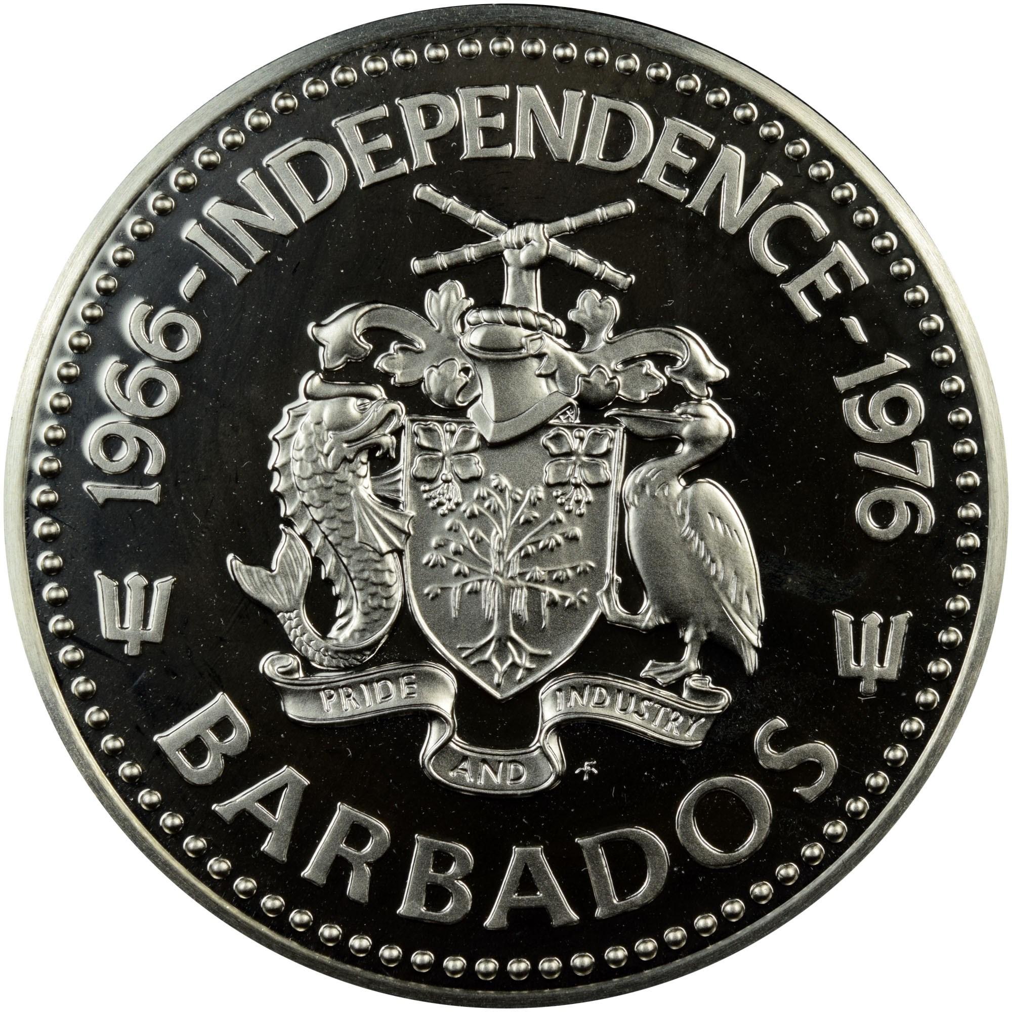 Barbados 10 Dollars obverse