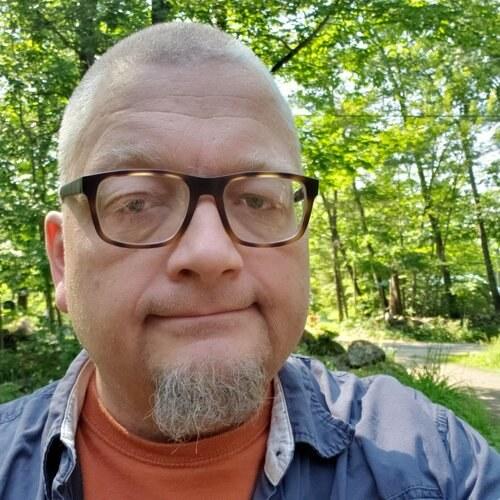 Gary Chapin headshot