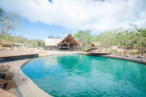 tree casa resort nicaragua restaurant pool bar