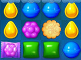 Dunk the cookies in Candy Crush Friends Saga