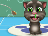 My Talking Tom 2: Giving your pet medicine