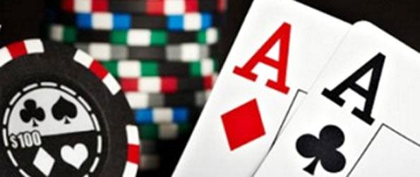 AA Poker - Try out your luck in an exciting game of poker.