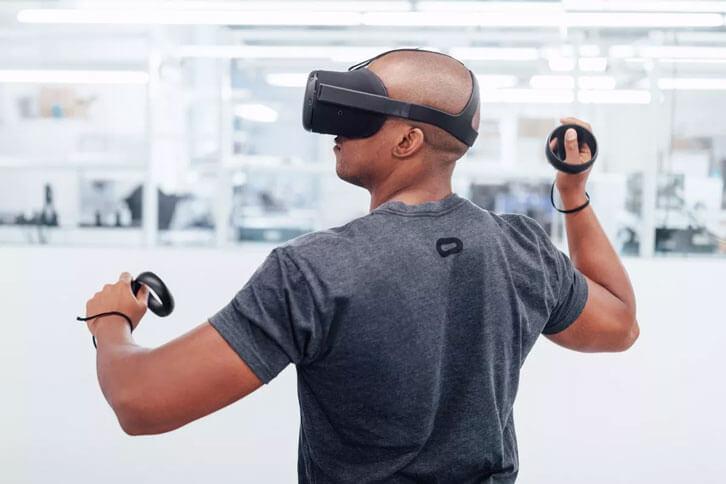 Oculus' Santa Cruz prototype