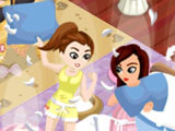 Fun pillow fight in Fashion Story