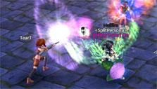Players duelling in town in Iris Online