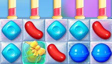Gift-containing candy in Candy Crush Friends Saga