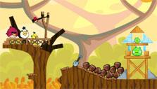 Angry Birds Friends: Similar Angry Birds' gameplay