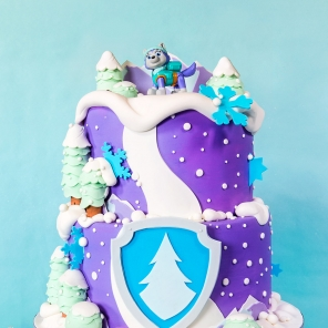 Throw a PAW Patrol Everest Birthday Party!