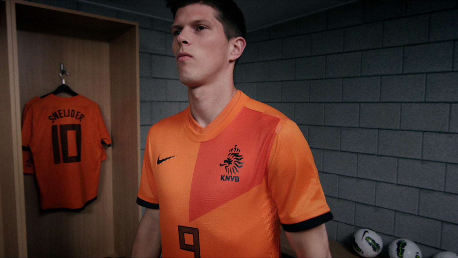 Huntelaar_BetterWorld_HomeNTK_07