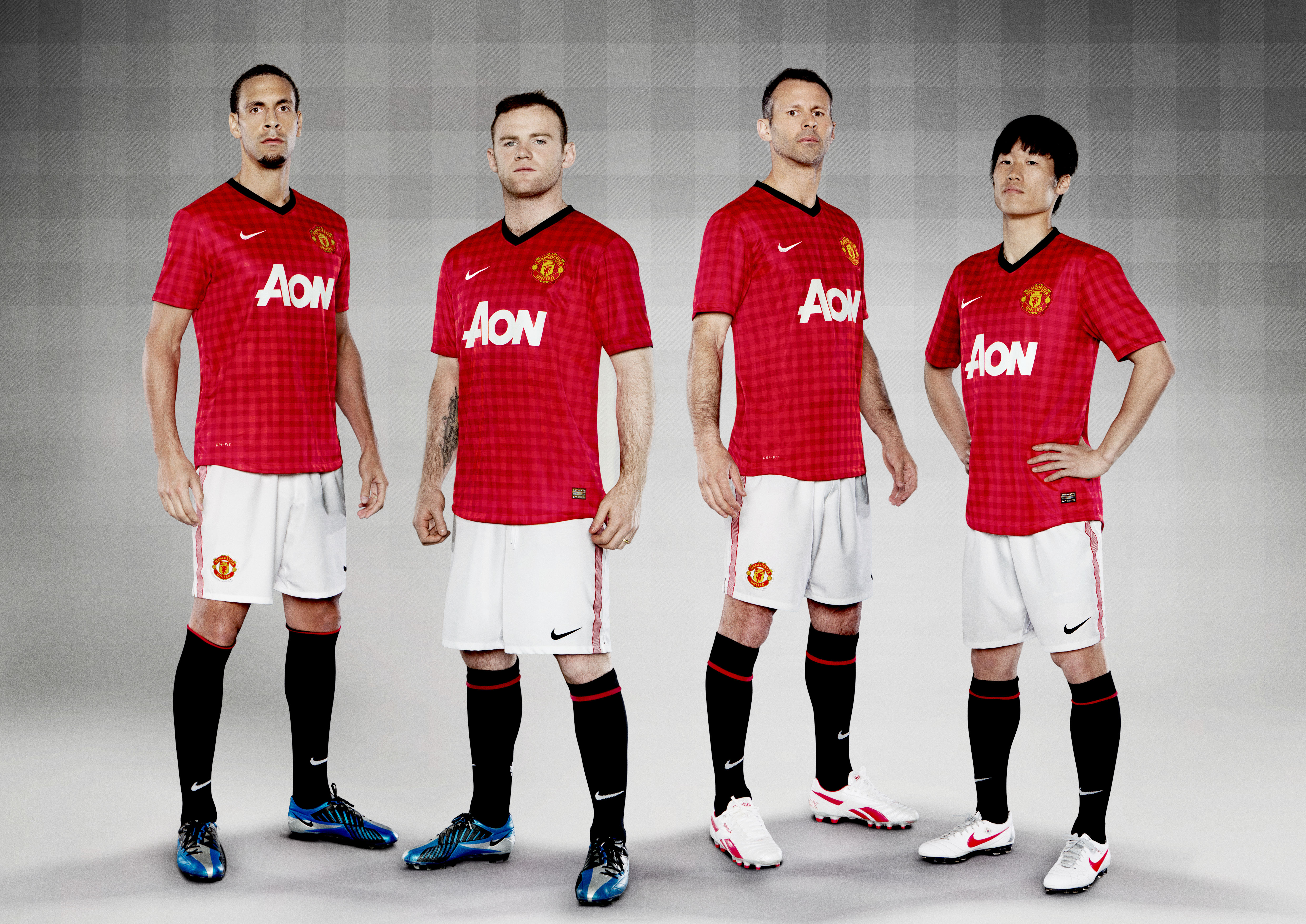 outlet store 73fcc cb0e6 manchester united home kit