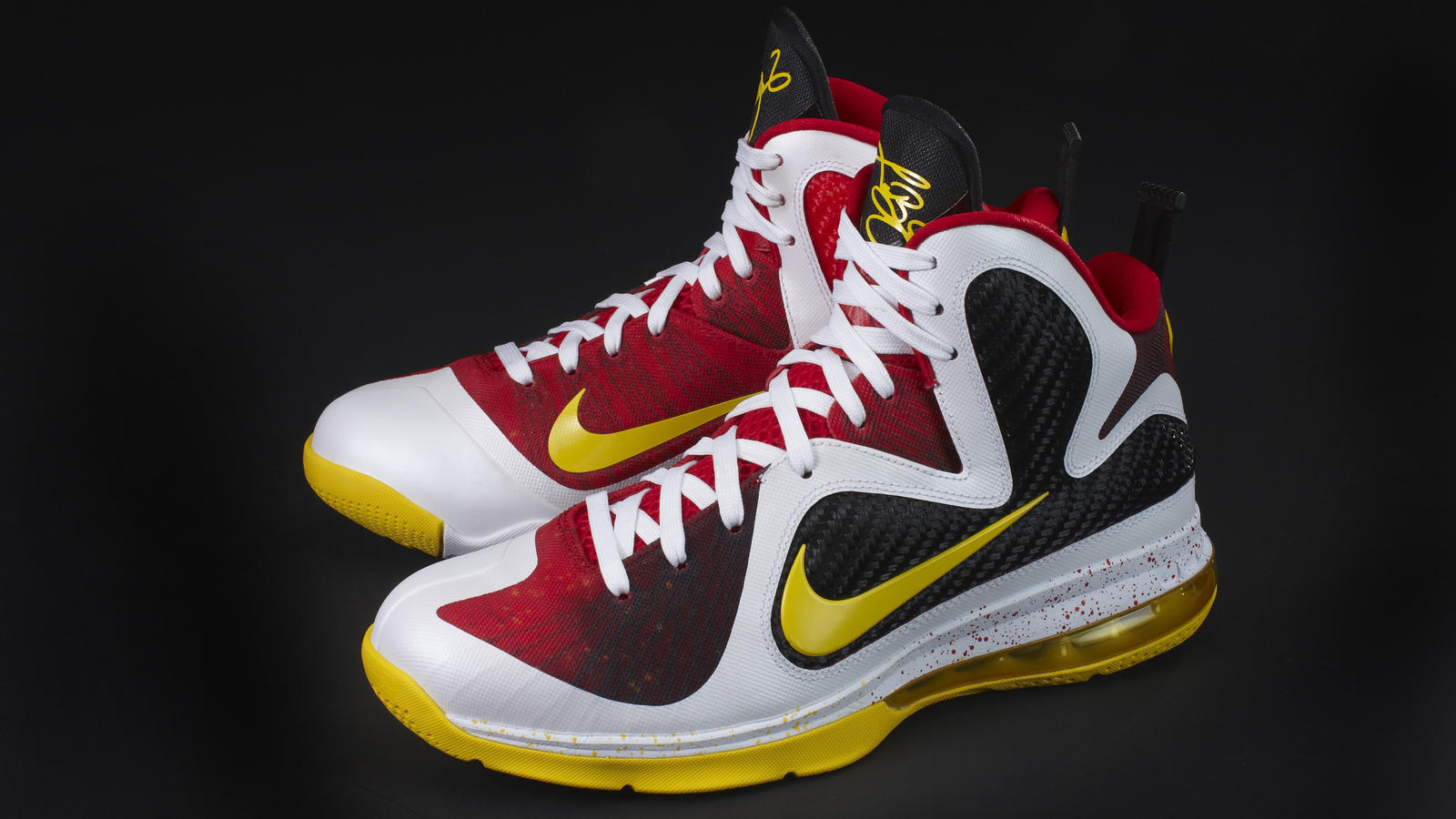 Ho11_BB_Lebron9_pair_lateral