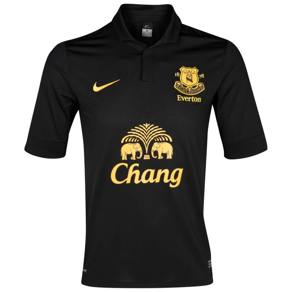 Everton Football Club Unveil New Away Kit for Season 2012-13