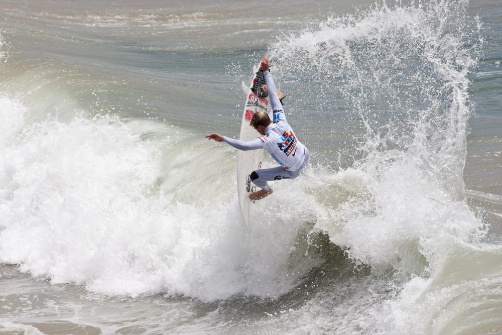 2012 Nike US Open of Surfing kicks off in Huntington Beach