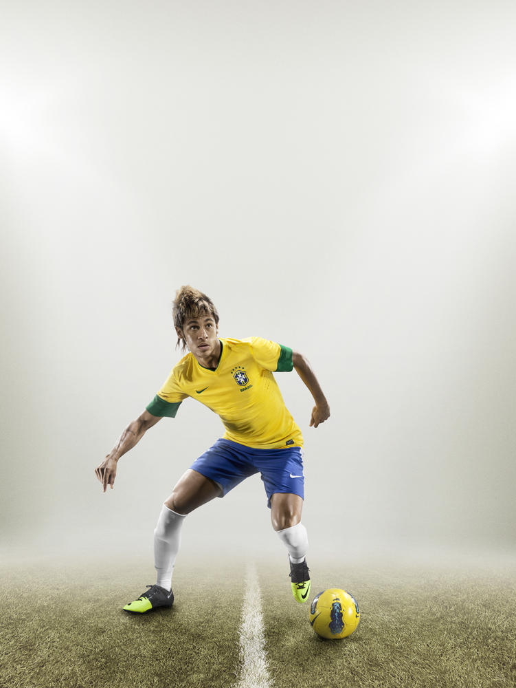 Brazil star Neymar goes green this summer