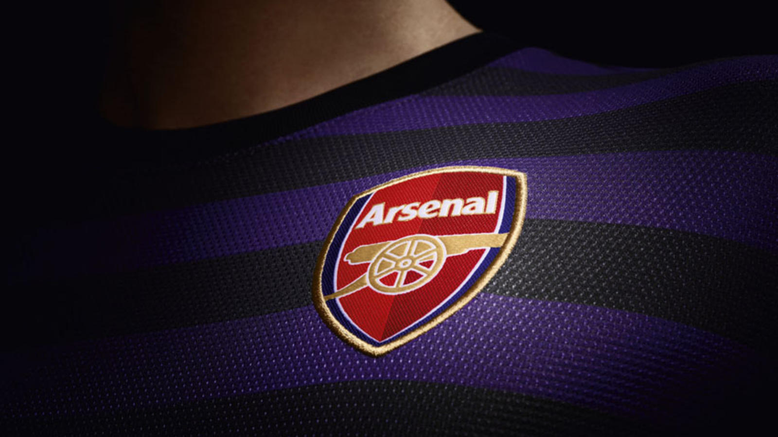 Fa12_Replica_Arsenal_A_Crest_SM