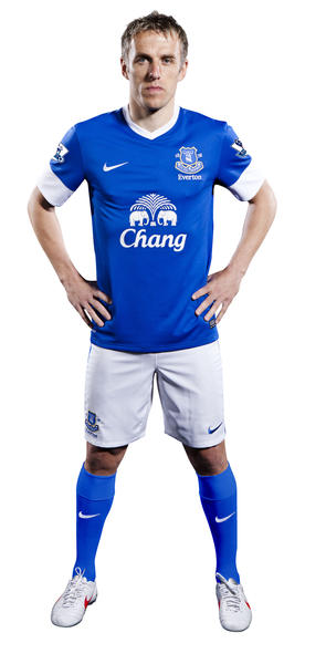 New 2012-13 Everton Home kit is revealed