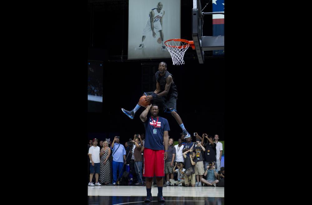 Justin Darlington Wins Regional NIKE+ Basketball Dunk Showcase at Nike WBF 2012