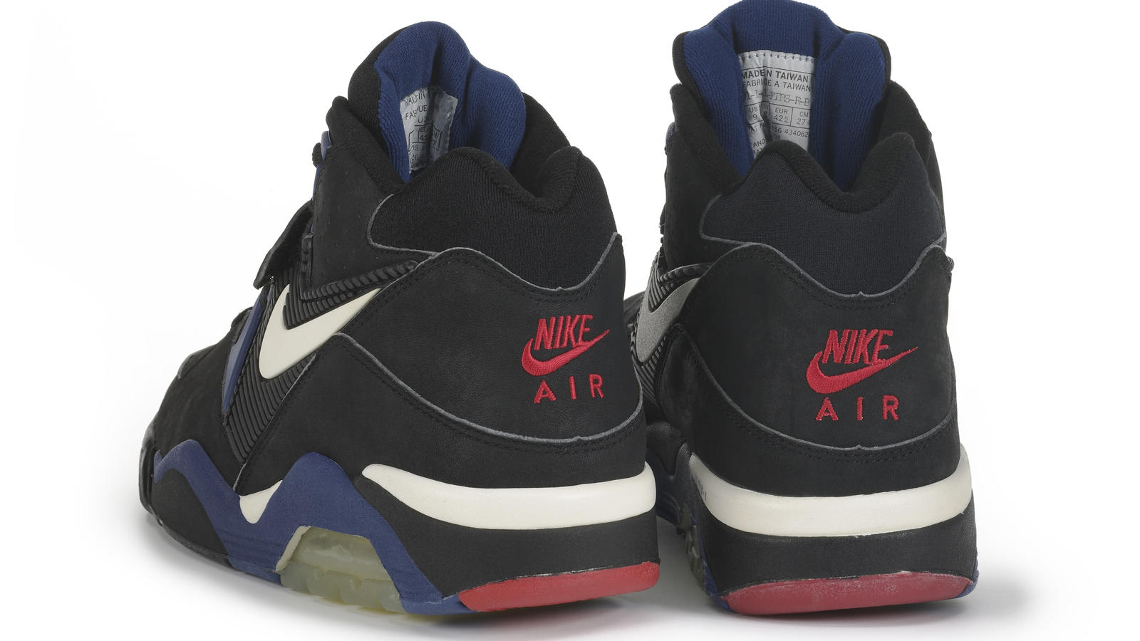 Espejismo Cuna Pila de  Nike Air Force 180 Low - Nike News