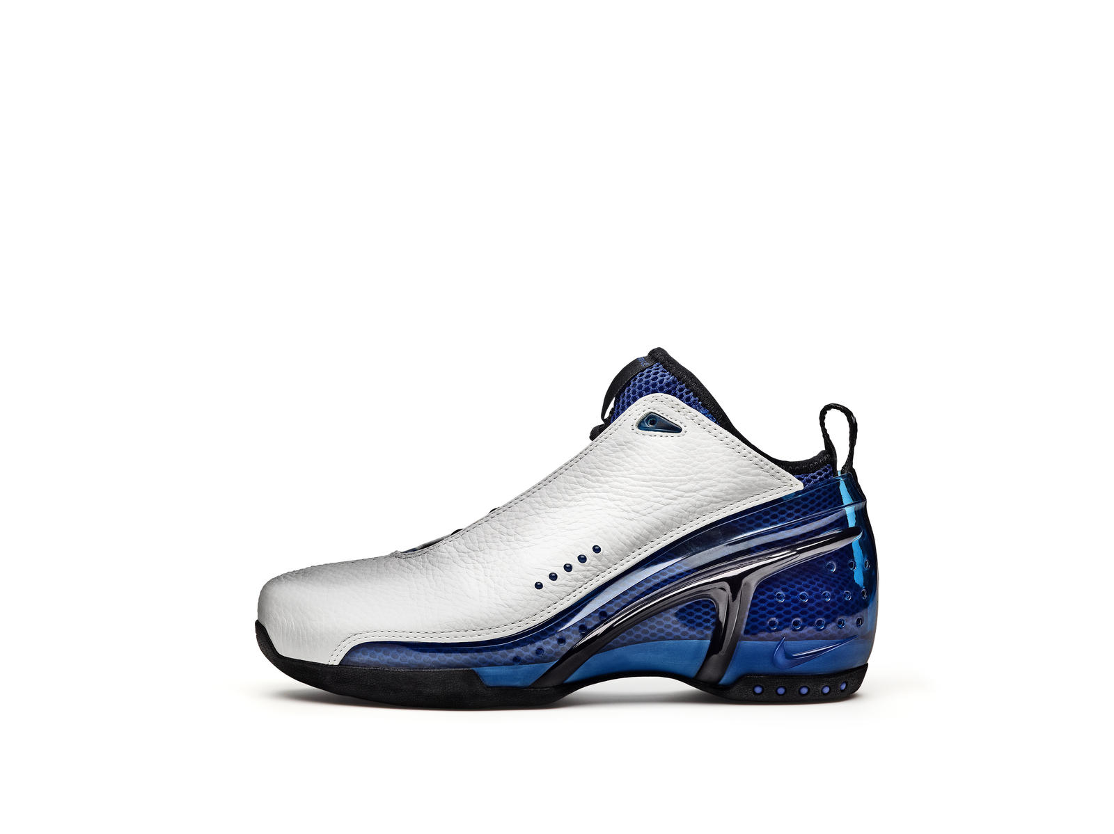 nike white and blue sneakers 2003