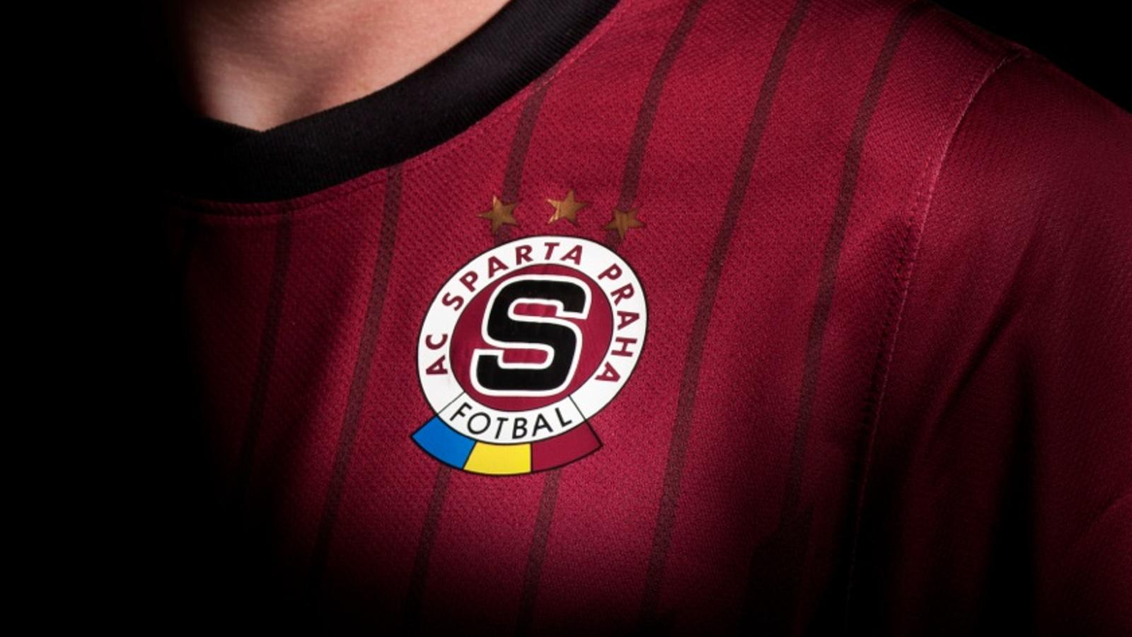 Sparta_Home_Kit_detail_01