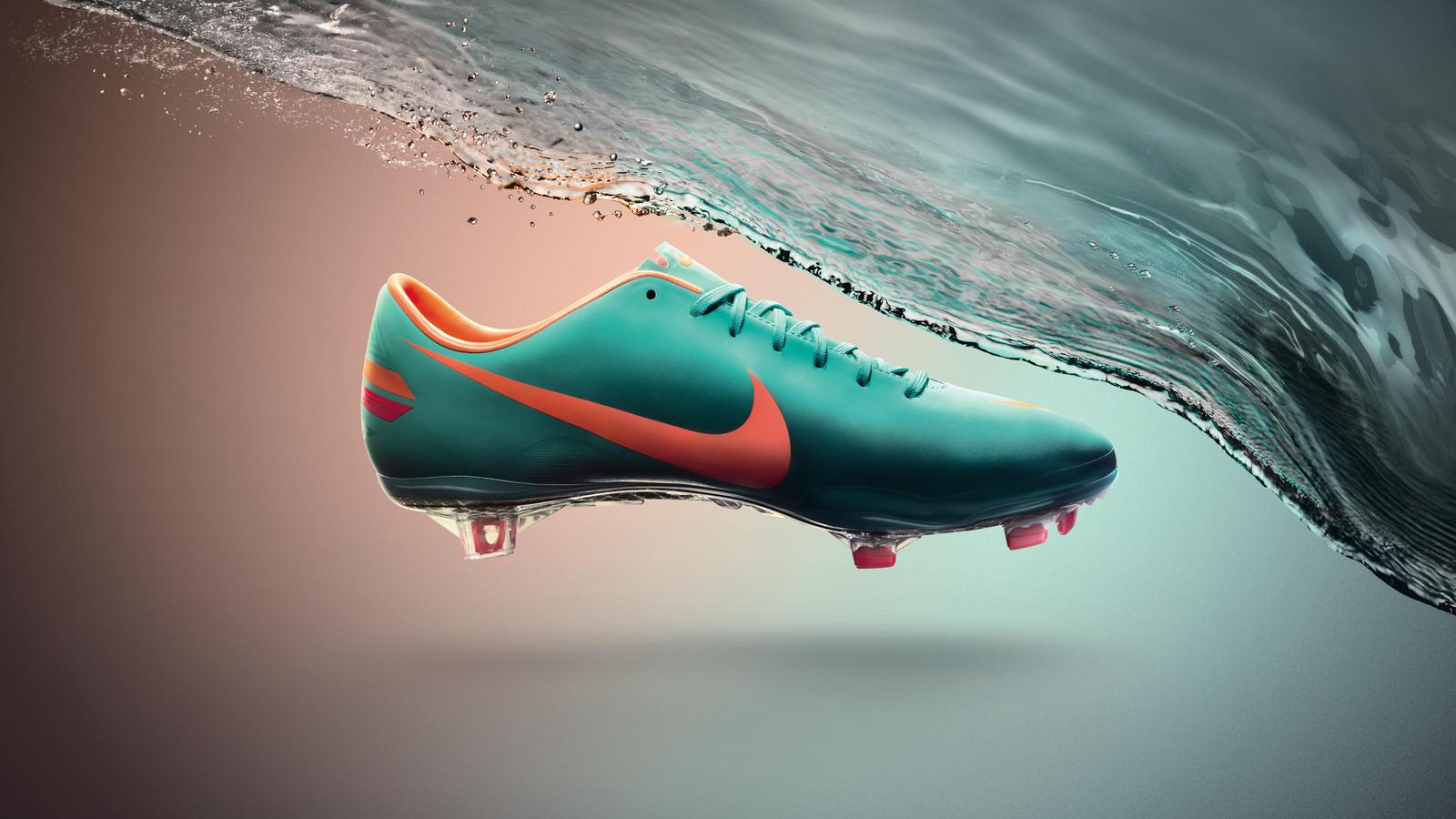 Empleador Acera plan de estudios  Nike unveils All Conditions Control Technology across football boots - Nike  News