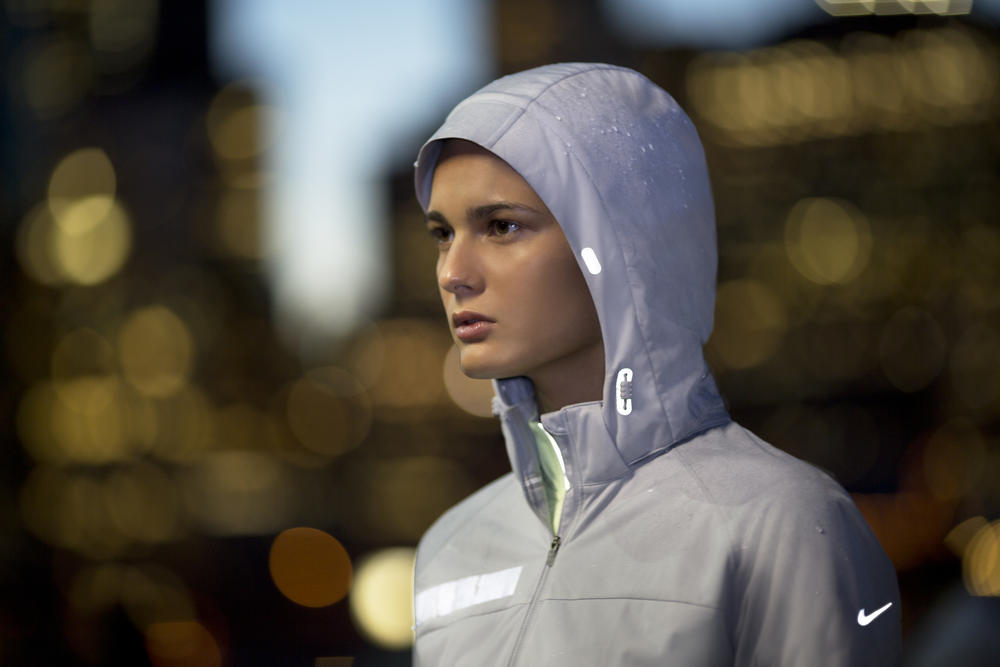 The Beautiful Run: Nike Apparel Keeps Runners Visible, Warm and Dry