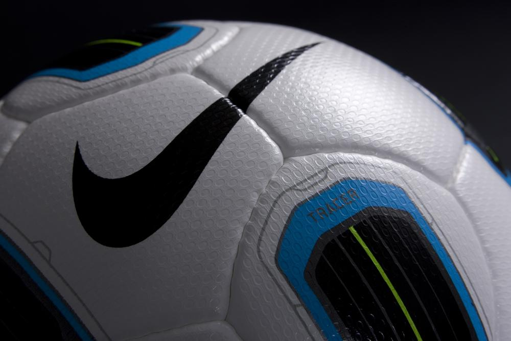 Total 90 Tracer ball designed for superior performance