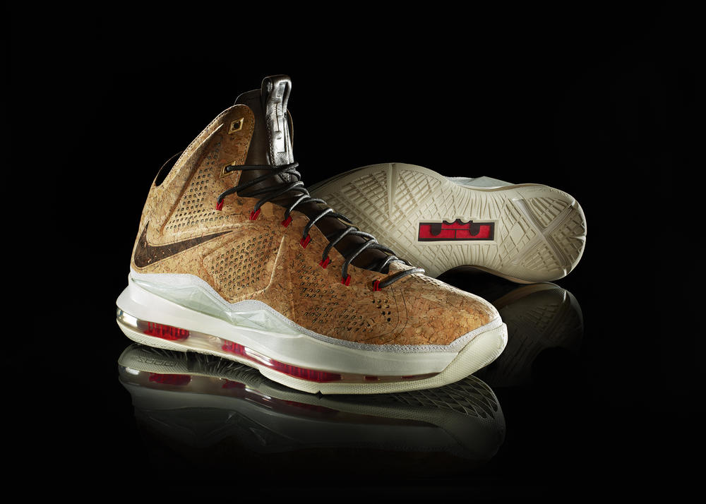 LEBRON X: Nike Sportswear Honors the Champ