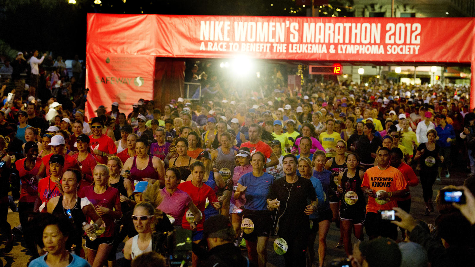 Nike Women's Marathon 2012 Race Start