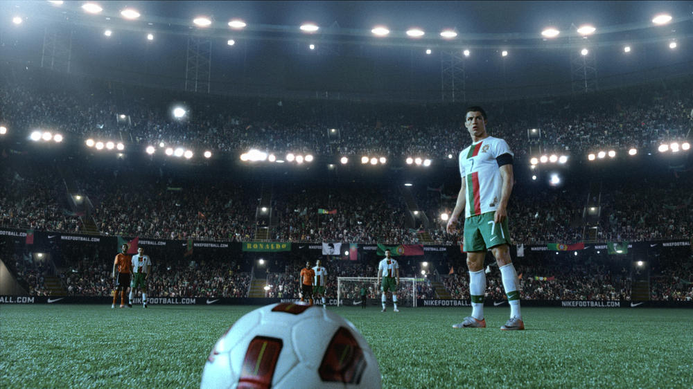 New Campaign Celebrates Football and its Heroes