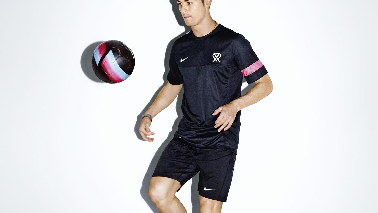 Nike_Cristiano_Ronaldo_Collection_Performance