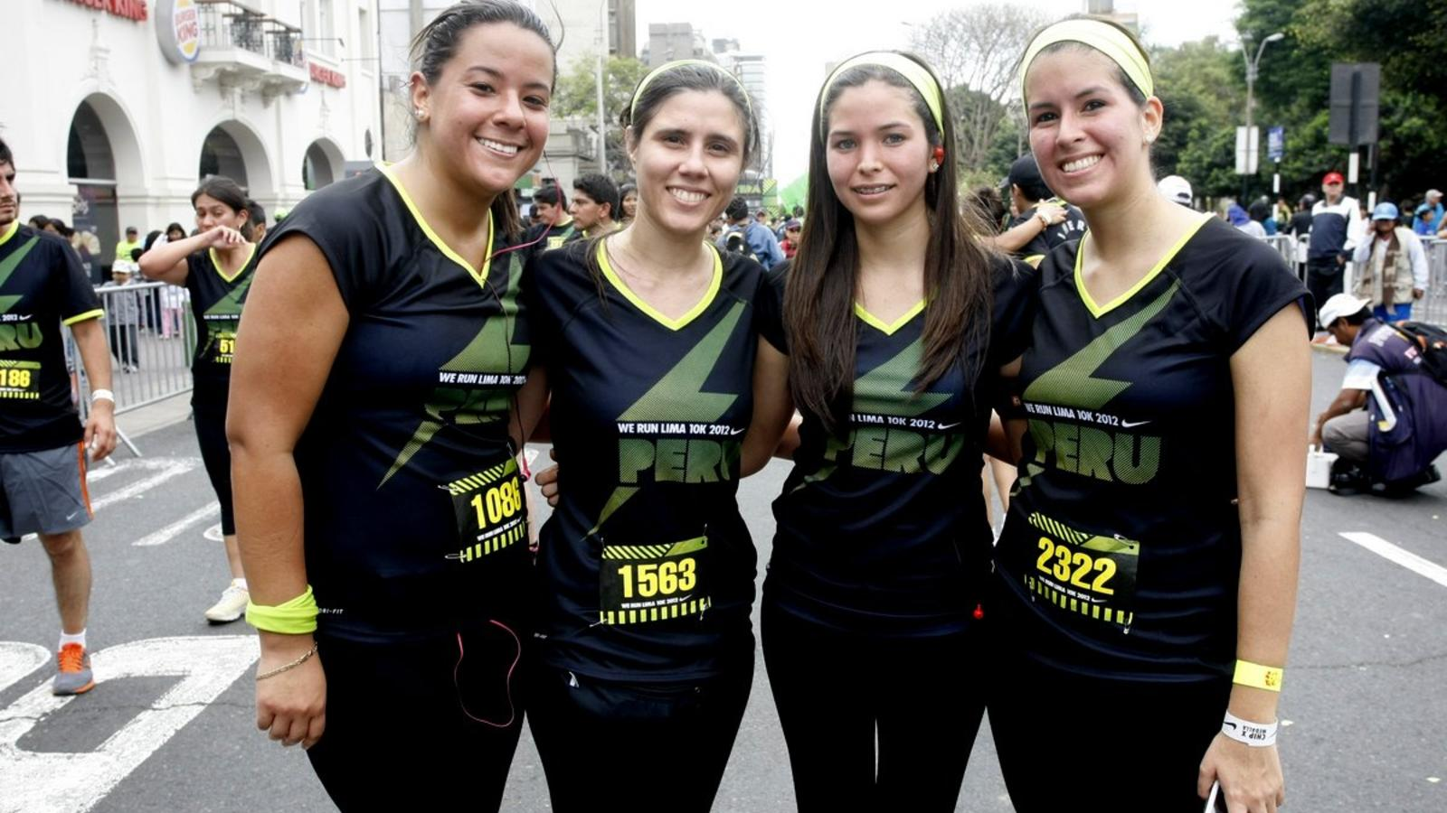 We_Run_Lima_--_women_runners