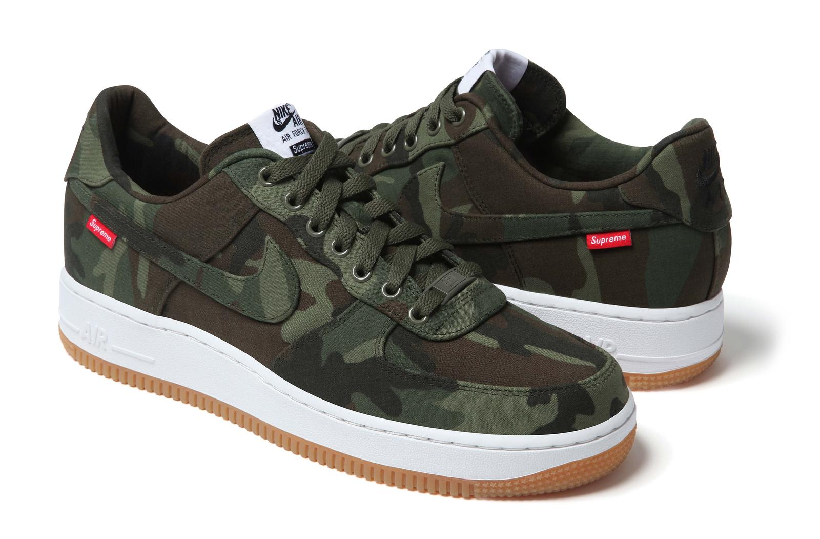 nike supreme team up to launch air force 1 supreme nike. Black Bedroom Furniture Sets. Home Design Ideas
