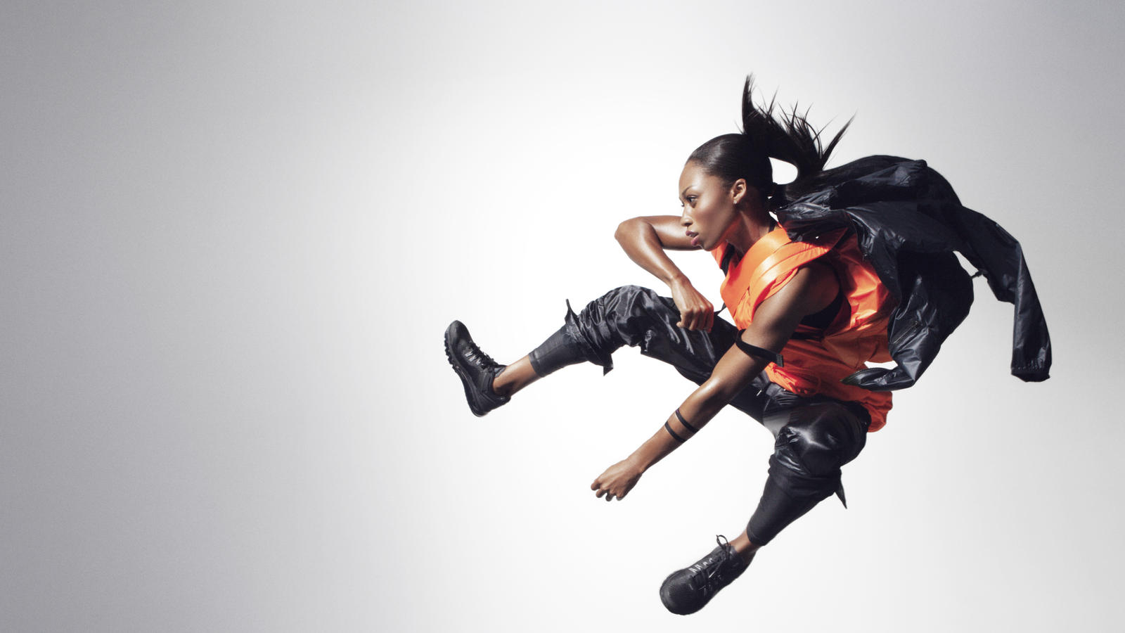 2-Allyson_Felix-Black_and_Orange