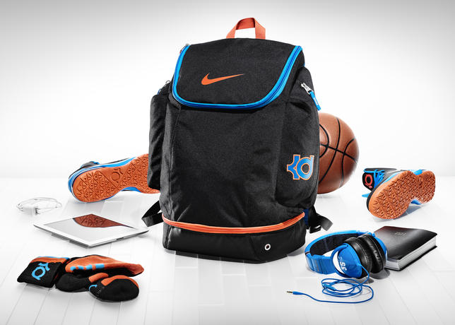 37b42b15028e KD Hoops Elite Ball Backpack
