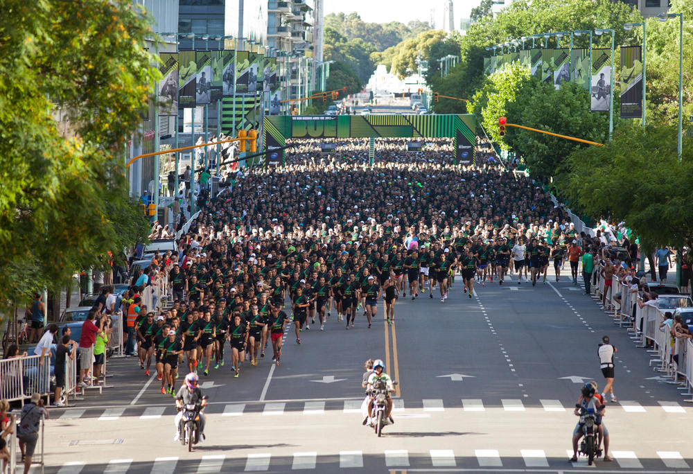 15,000 runners join the running global movement at We Run 10K Buenos Aires